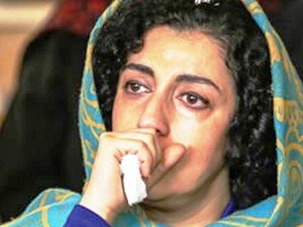 أشهر سجينة إيرانية: أعطوني أدوية لأبدو متماسكة وصوروني