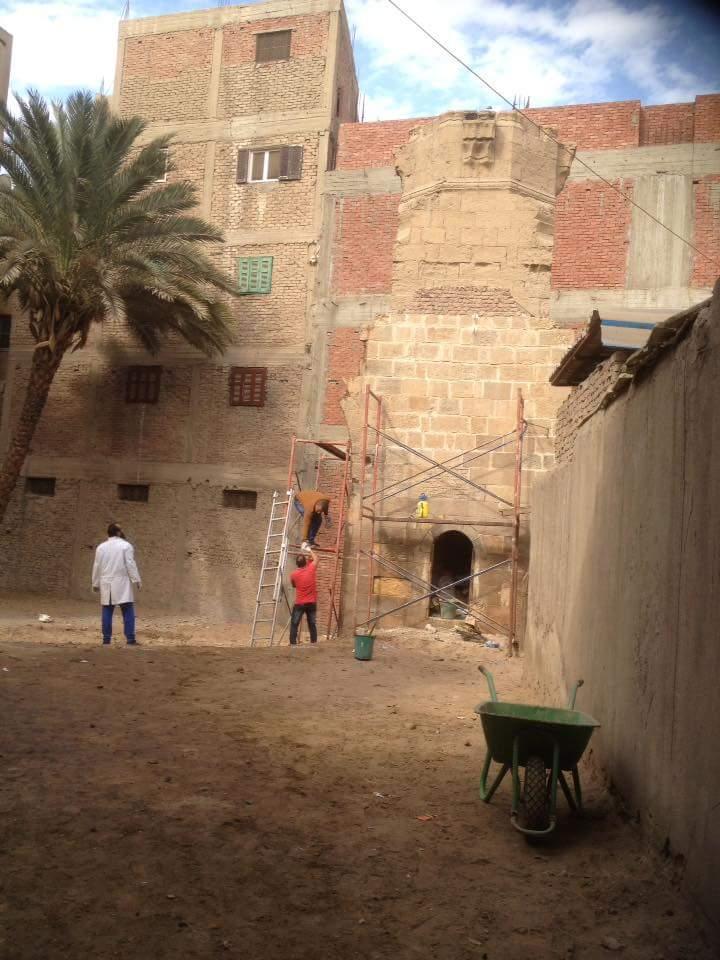 ترميم مئذنة المسجد