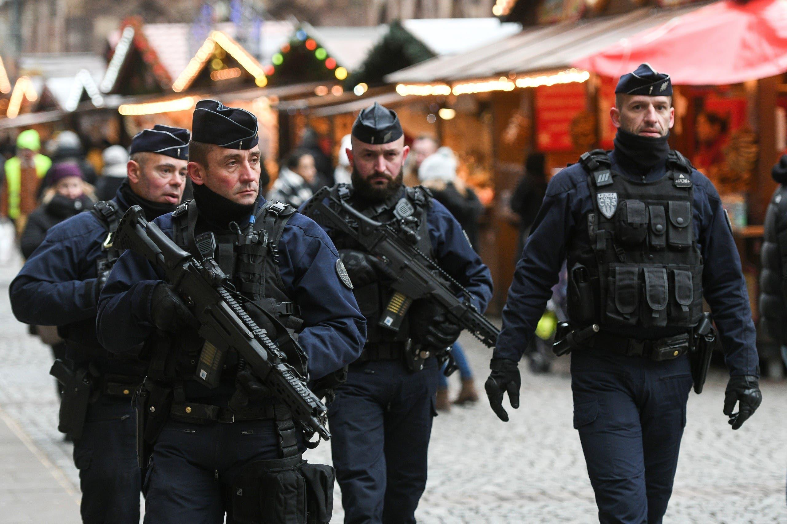 عناصر من الشرطة الفرنسية في ستراسبورغ
