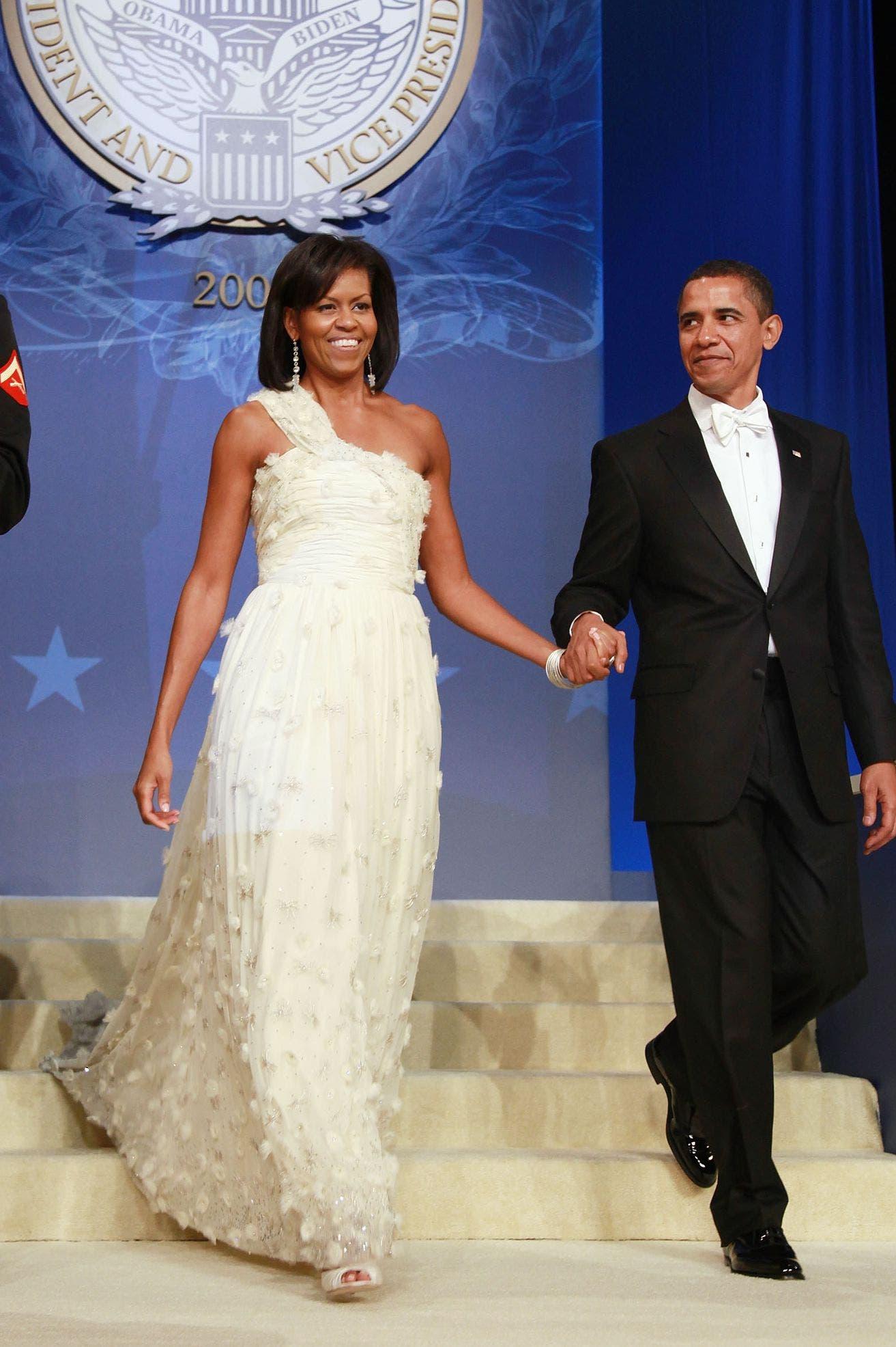 ميشيل أوباما بإطلالة من جايسون وو