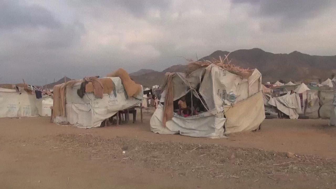 نازحون يصارعون للبقاء في اليمن