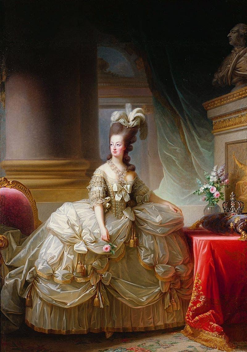 لوحة زيتية تجسد الملكة الفرنسية ماري أنطوانيت