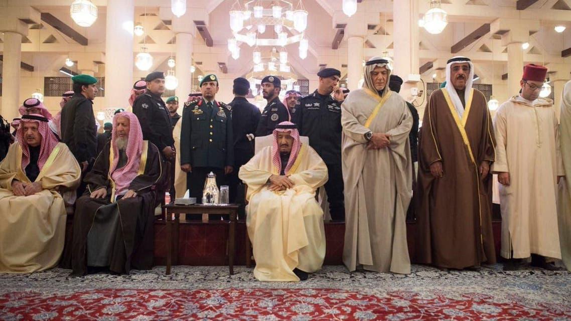 Saudi King Salman performs funeral prayers on late Prince Talal main