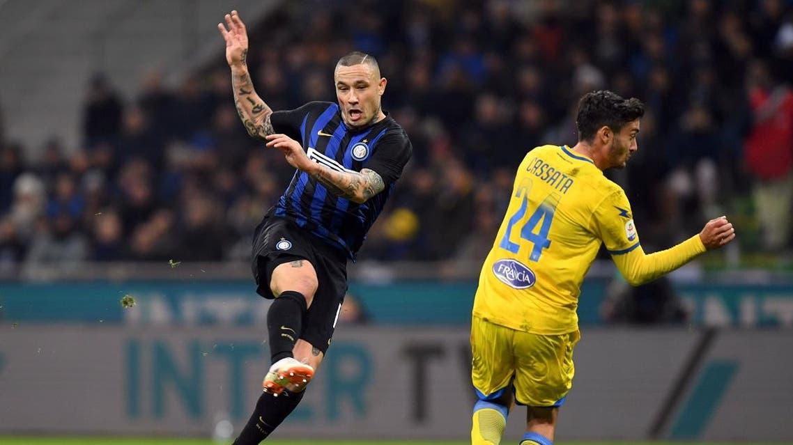 Inter Milan's Radja Nainggolan in action with Frosinone's Francesco Cassata REUTERS