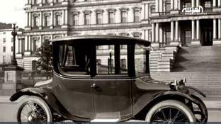 رحلة تطور السيارات من كهربائية إلى طائرة وذاتية القيادة