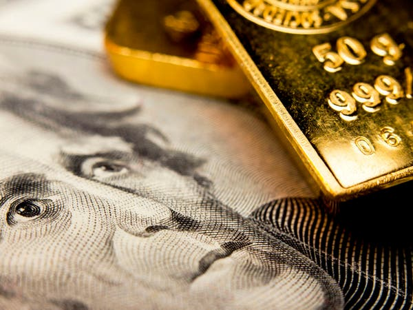 الذهب يرتفع مع تعثر الدولار قبل اجتماع مجلس الاحتياطي