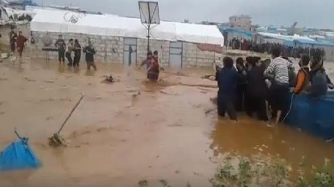 المطار تغرق المخيمات في إدلب