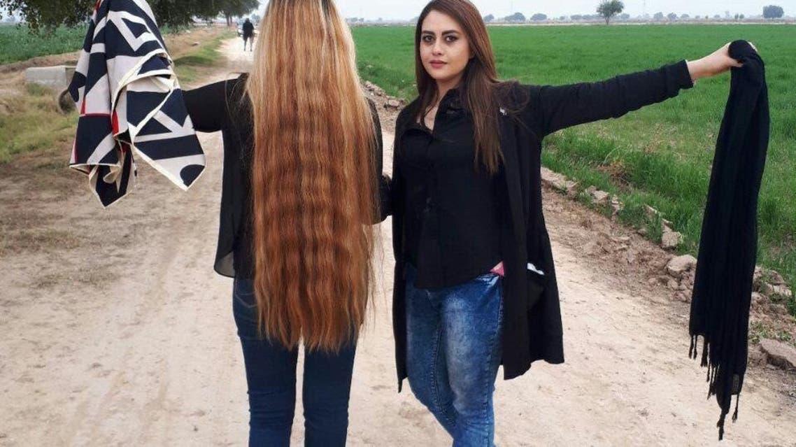 من حملة الأربعاء الأبيض في إيران ضد الحجاب الإلزامي