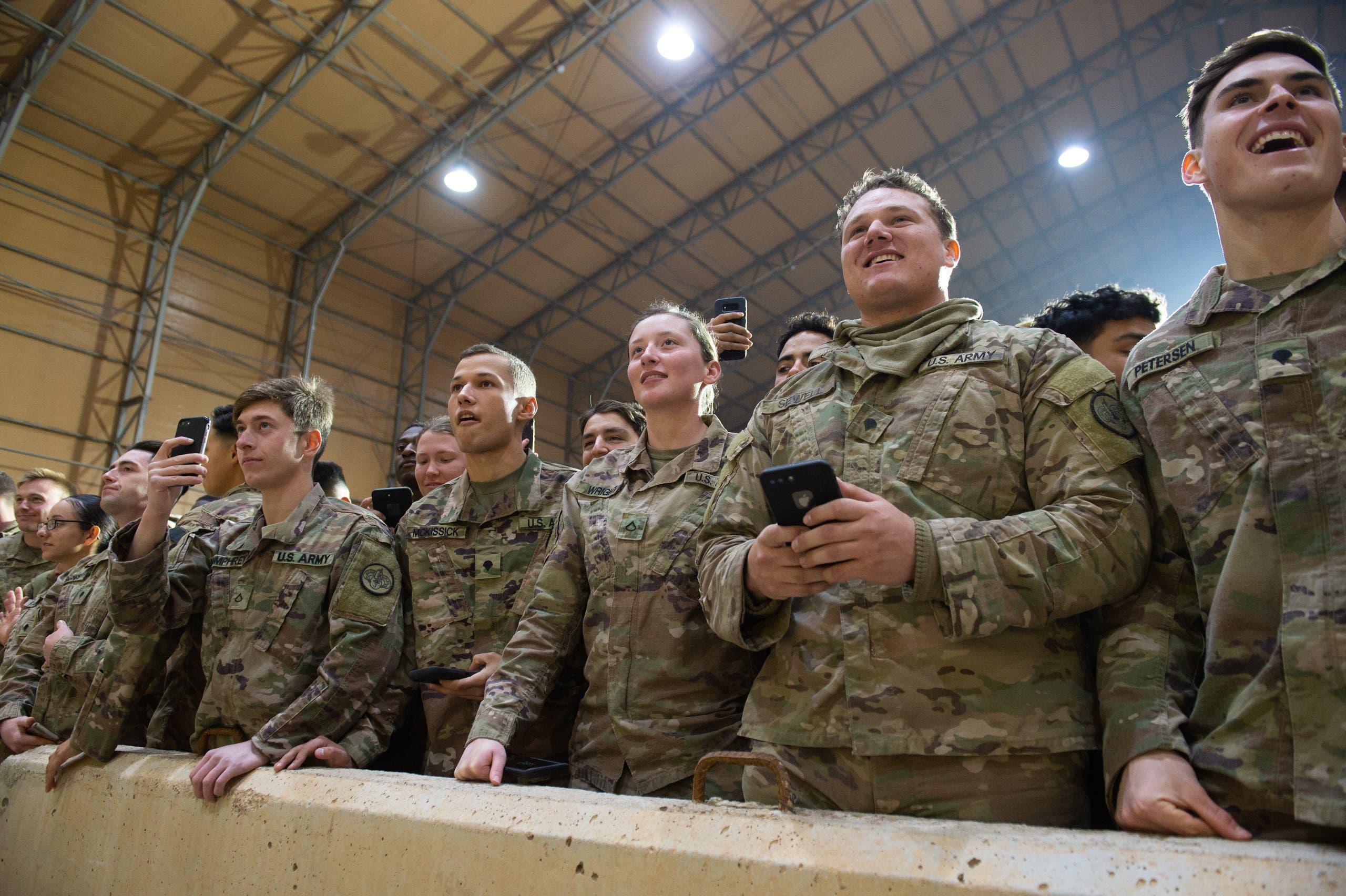 عناصر من القوات الأميركية في قاعدة عين الأسد بالأنبار