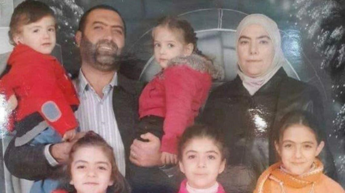رانيا العباسي وزوجها وأولادها