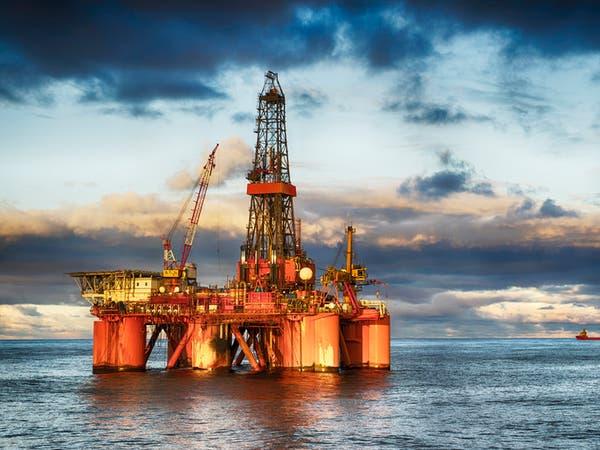 تراجع النفط بضغط من تخفيض الصين لتوقعات نموها الاقتصادي