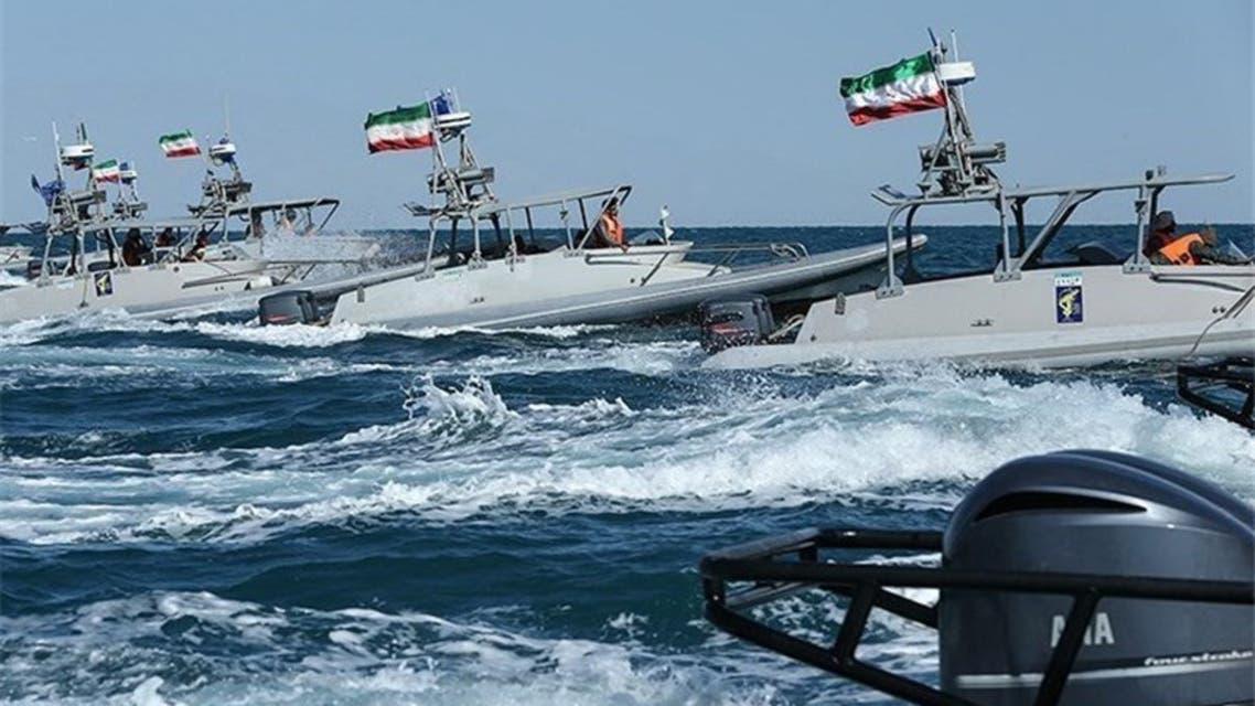 اقتراب زوارق إيرانية من الأسطول الأميركي (أرشيفية)