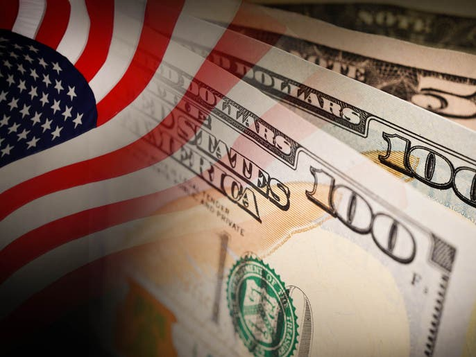 الدولار يرتفع مع صعود العائدات الأميركية