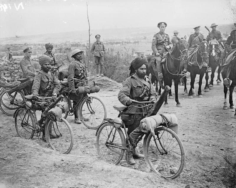جانب من القوات الهندية المشاركة بمعركة السوم خلال الحرب العالمية الأولى