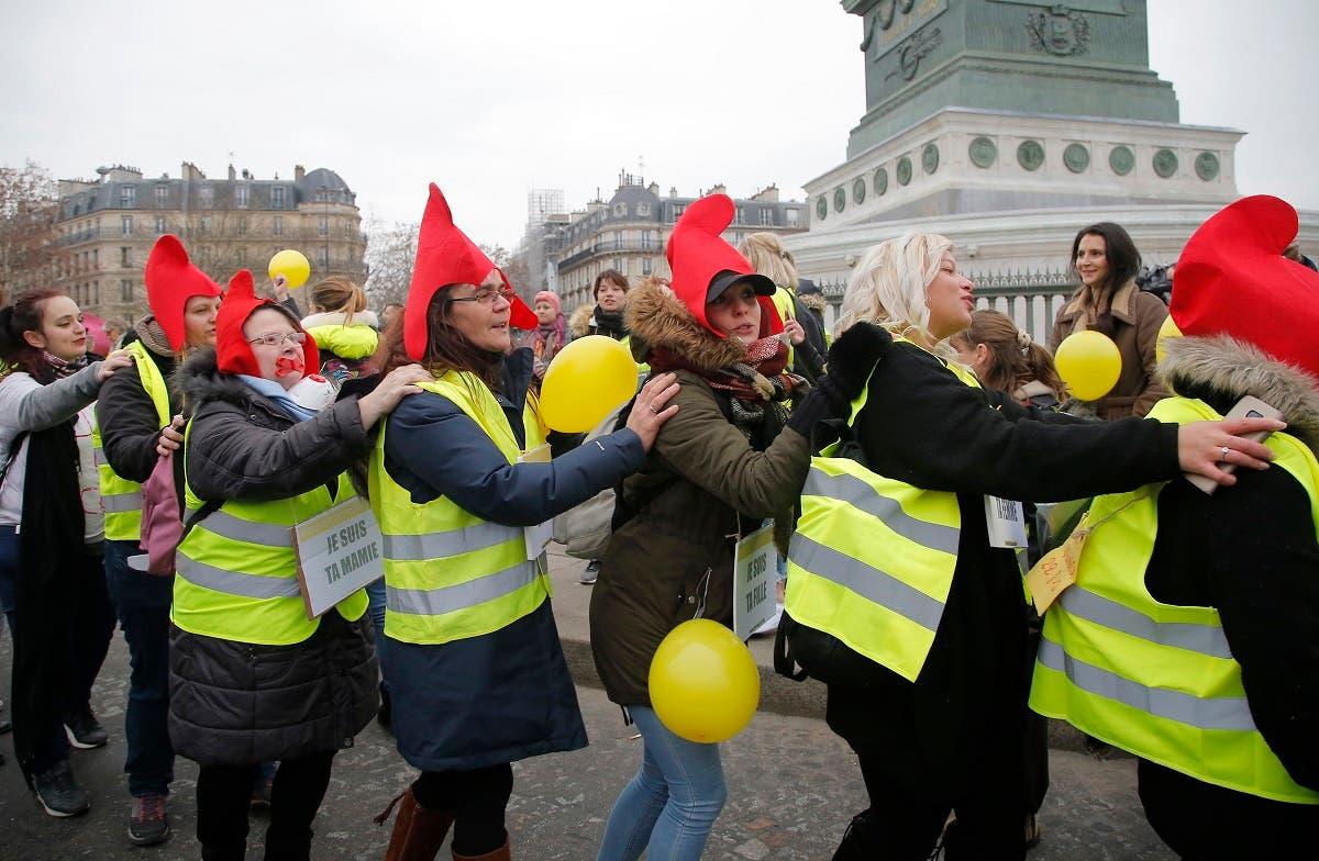 France Yellow Vest women 4 (AP)