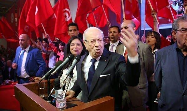 السبسي في اجتماع انتخابي سابق