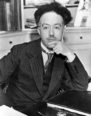 صورة لعالم الفيزياء الفرنسي لويس دي بروجلي