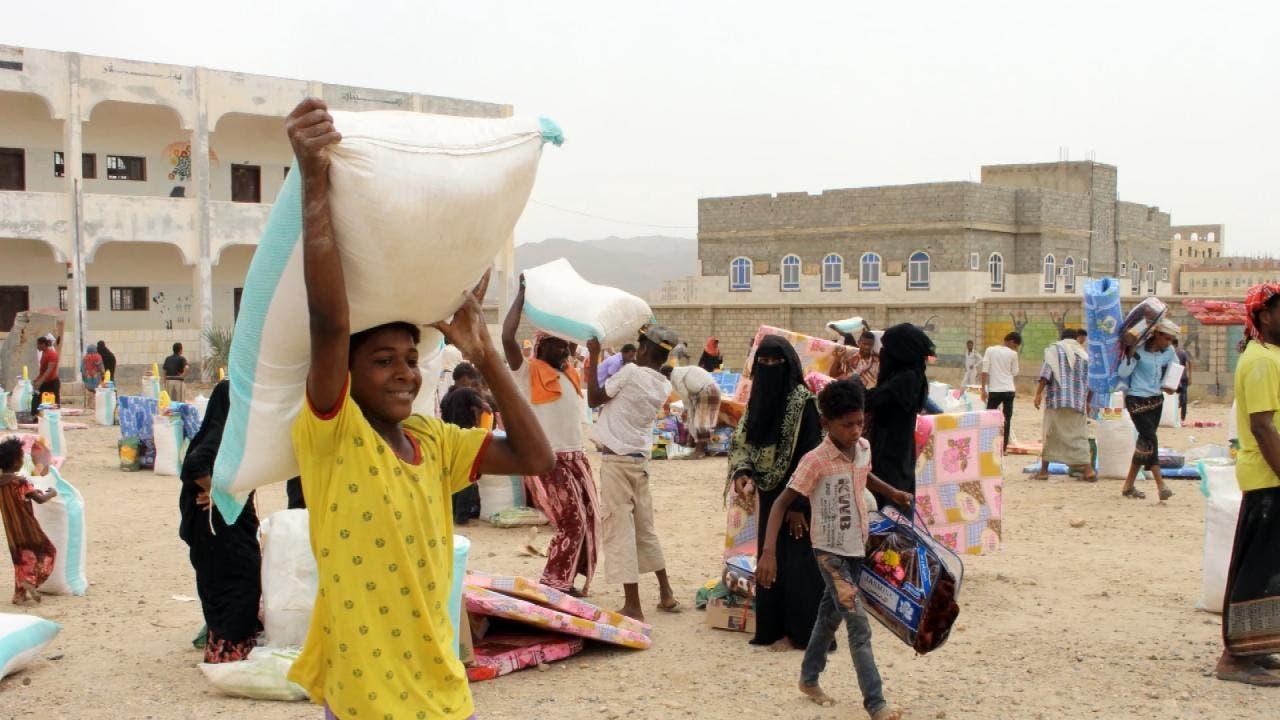 منظمات تدعو لكشف فساد توزيع الغذاء بعد أدلة على استغلال الحوثيين للمساعدات