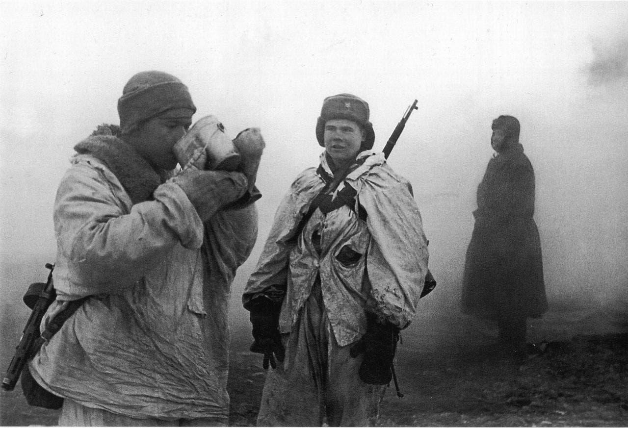 جانب من الجنود السوفييت بمدينة لينينغراد