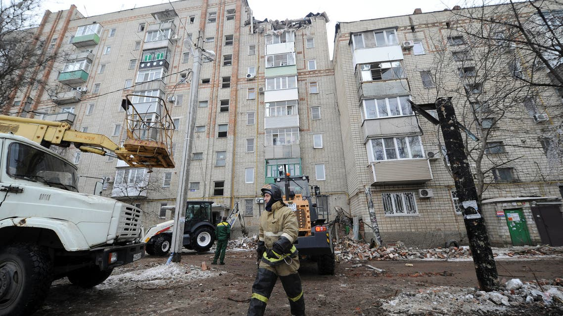 A view shows a damaged apartment block after an apparent gas explosion in the town of Shakhty in Rostov Region, Russia January 14, 2019. REUTERS/Sergey Pivovarov