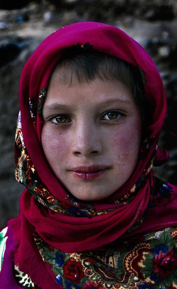 دختر تاجیک در بدخشان افغانستان