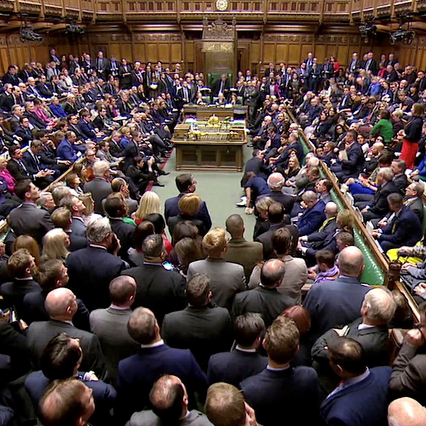 """صفعة مريرة لماي..  """"النواب"""" البريطاني يرفض خطة البريكست"""