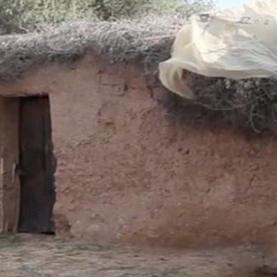 صدمة في المغرب.. والدان احتجزا ابنتهما في إسطبل 20 سنة