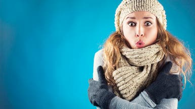 إذا كنت دائم الشعور بالبرودة.. فحاول أن تتفادى 7 أسباب