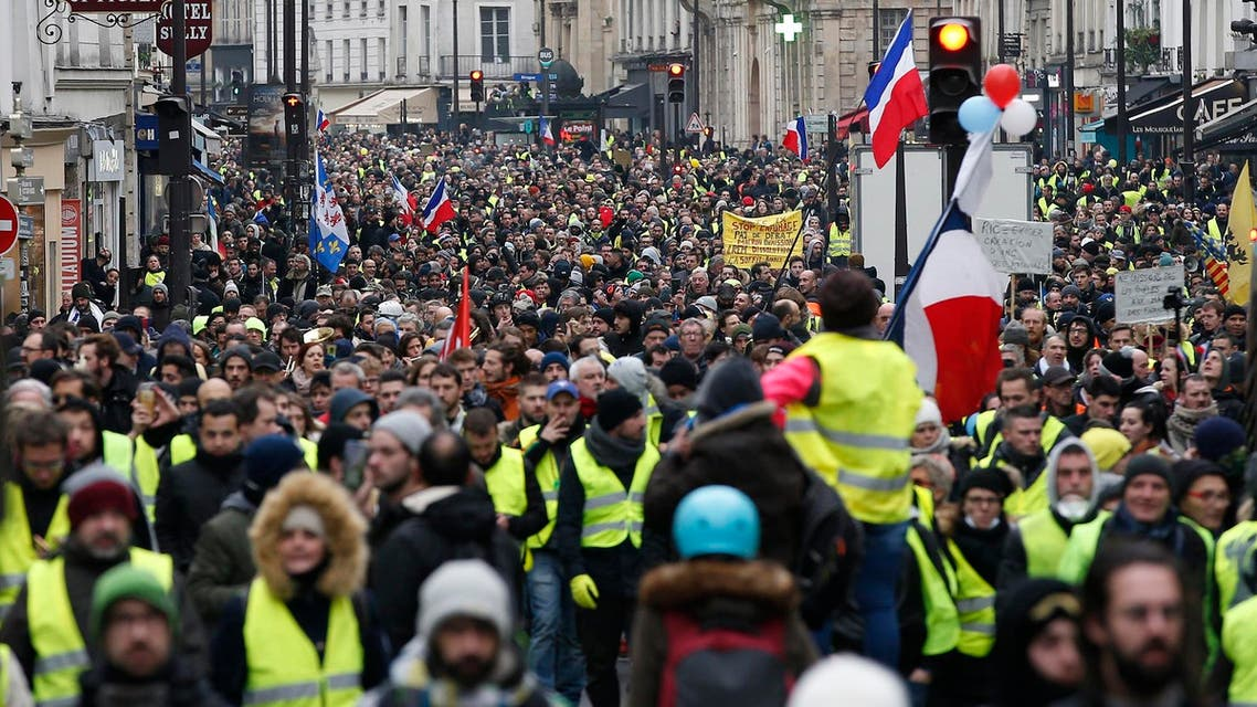 Yellow vest protesters are planning rallies in several French cities despite a national debate launched this week by President Emmanuel Macron aimed at easing their anger. (File photo: AP)