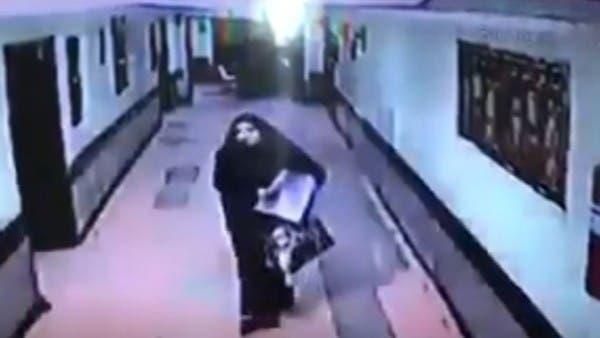 محامي الخاطفة التي شغلت السعوديين يفجر مفاجأة عن ولديها