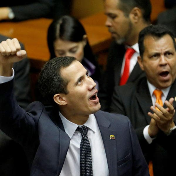 "رئيس برلمان فنزويلا يعلن نفسه ""رئيساً"".. وترمب يعترف"