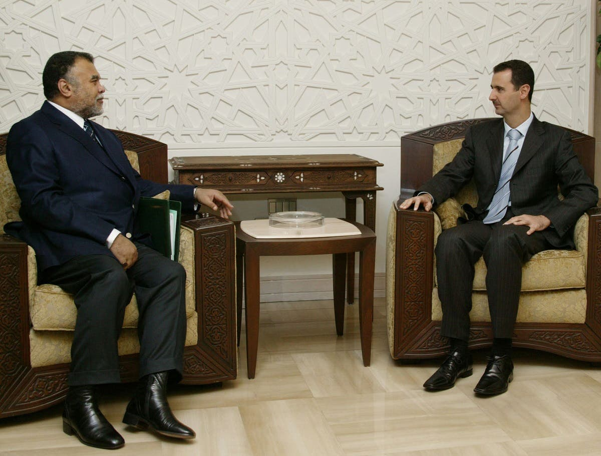 Syrian President Bashar al-Assad meets with Saudi Secretary-General of the National Security Council Prince Bandar bin Sultan at the al-Rawda palace in Damascus, on November 19, 2005. (AFP)