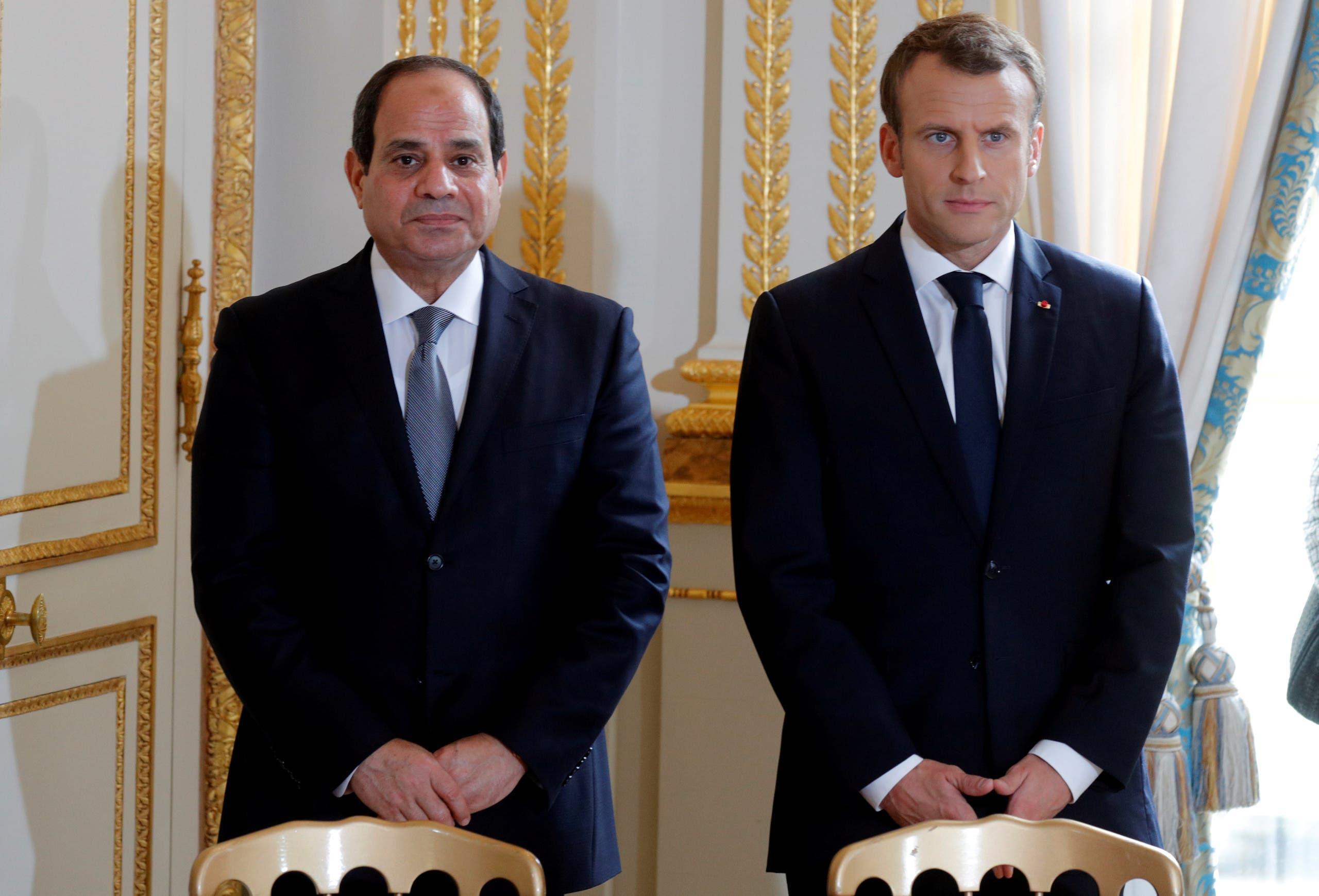 الرئيسان الفرنسي إيمانويل ماكرون والمصري عبدالفتاح السيسي