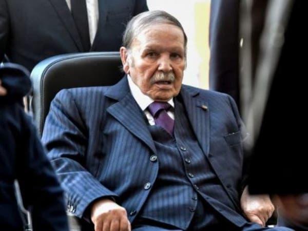 انتخابات الجزائر.. أحزاب تقاطع وأخرى تدعم بوتفليقة