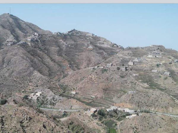 """قصة قبائل حجور.. كيف أصبحت """"شوكة في حلق"""" الحوثيين؟"""