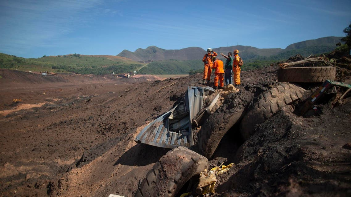 Minas Gerais Firefighters searching for victims at Corrego do Feijao where last January 25, a dam collapsed at an iron-ore mine belonging to Brazil's giant mining company Vale. (AFP)