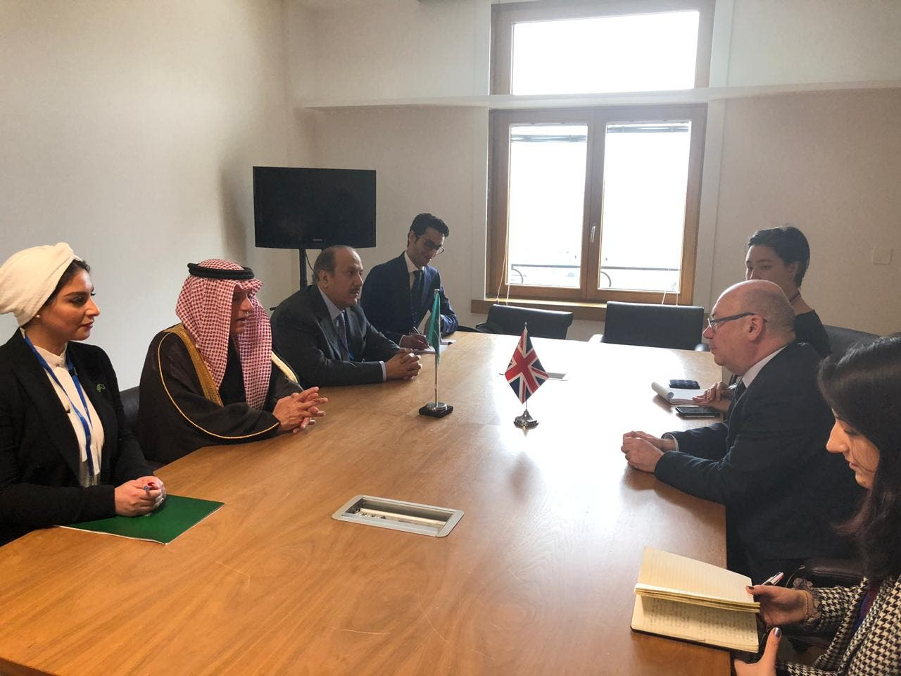 Saudi Minister of State for Foreign Affairs Adel al-Jubeir meets British Minister of State for the Middle East and North Africa Alistair Burt. (Supplied)