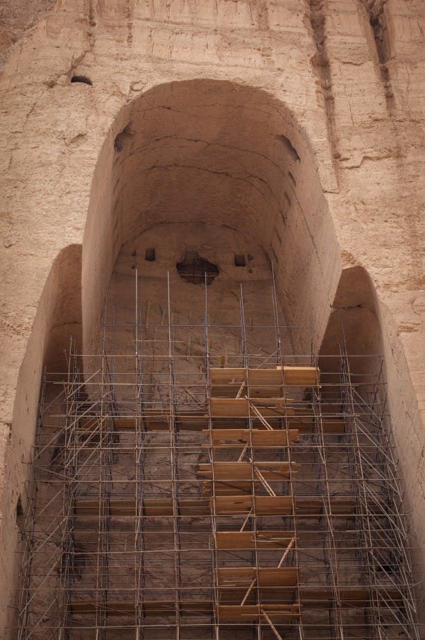 The remaining carved structure of the male Buddha. (Georg Schaumberger)