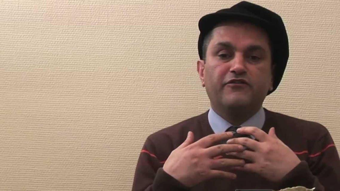 یک شاعر ایرانی به دلیل ترویج پدوفیلی در بریتانیا تحت تعقیب قرار میگیرد