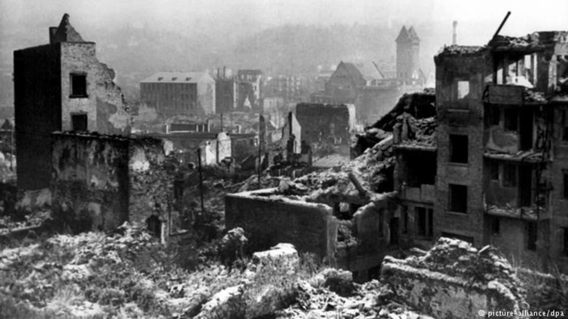 جانب من الدمار الذي لحق بمدينة بفورتسايم