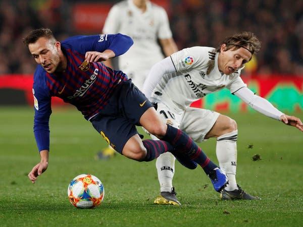 """""""عضلة الساق"""" تغيب البرازيلي آرثر عن برشلونة شهراً"""