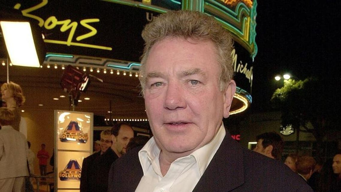 "British actor Albert Finney arrives to attend the premiere of his new film ""Erin Brockovich"" in Los Angeles in 2000. (File photo: AFP)"