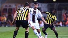 الشباب يكشف عن إصابة لاعبه الروماني بوديسكو