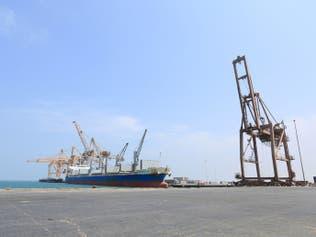 مسؤول يمني: أسلحة إيرانية وصلت للحوثي عبر ميناء الحديدة