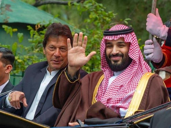 ولي العهد السعودي وخان يبحثان هاتفياً تطورات كشمير