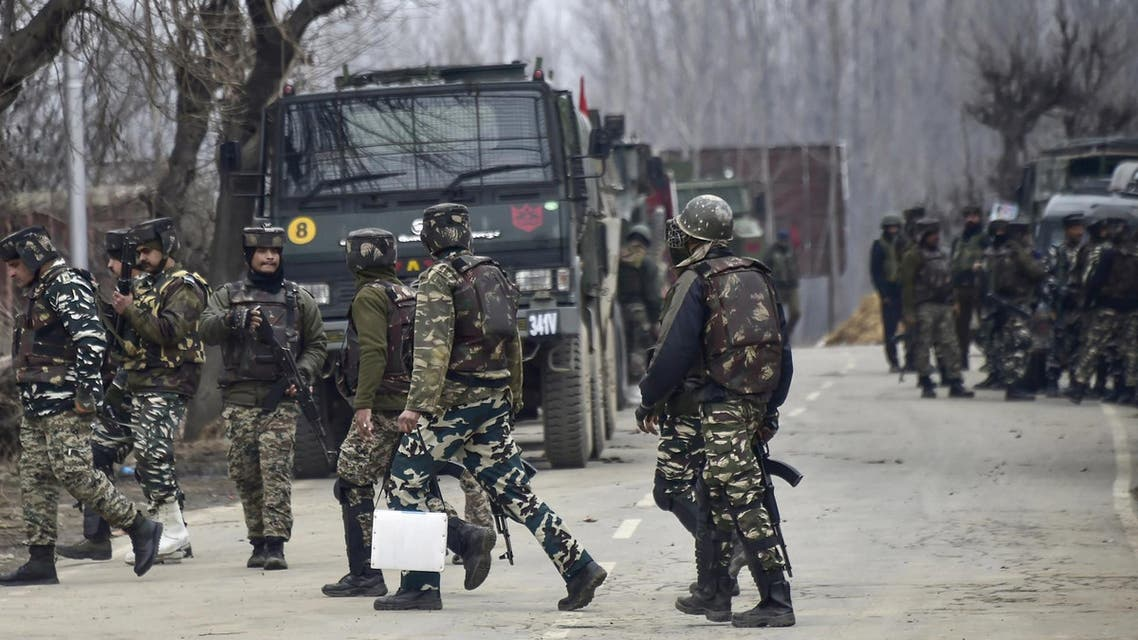 Indian security forces are on manoeuvers as a gunfight has happened killing 4 soldiers, in South Kashmir's Pulwama district, close to the site of a recent suicide bombing, on February 18, 2019. (AFP)
