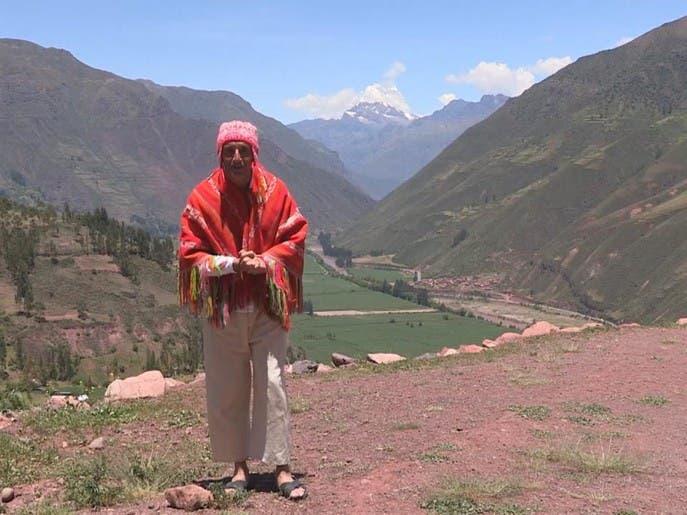 نساء الأنكا في البيرو يشتهرن بحياكة صوف اللاما