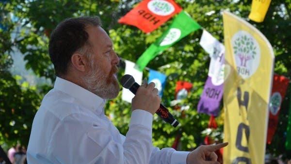 معارض تركي بارز يكشف تورط أنقرة بدعم الجماعات المتطرفة