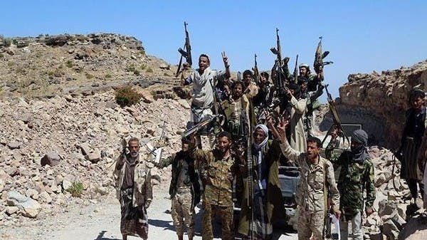 قبائل حجور تضيق الخناق على الحوثيين في العبيسة
