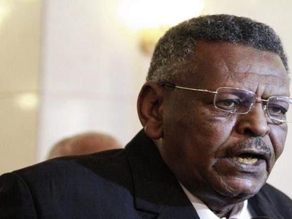 السودان.. أنباء عن إطلاق النائب السابق للبشير